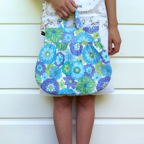 Bright retro floral pixie bag