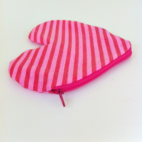 striped-heart-purse