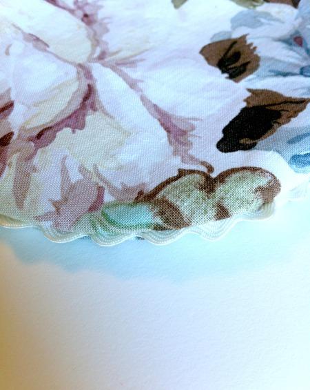 cream-rose-two-detail