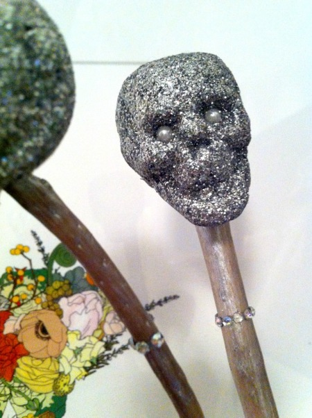 Glitter skull wand from Miss Candy Stripes