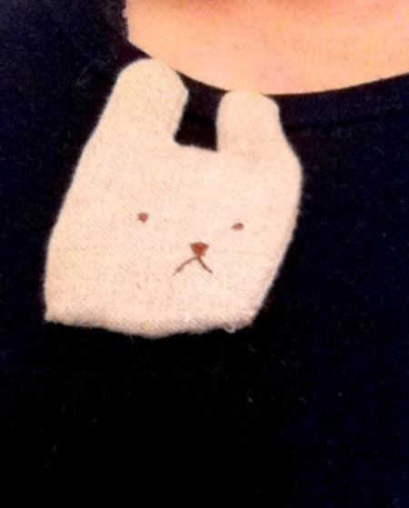 Bunny brooch from //unravel//