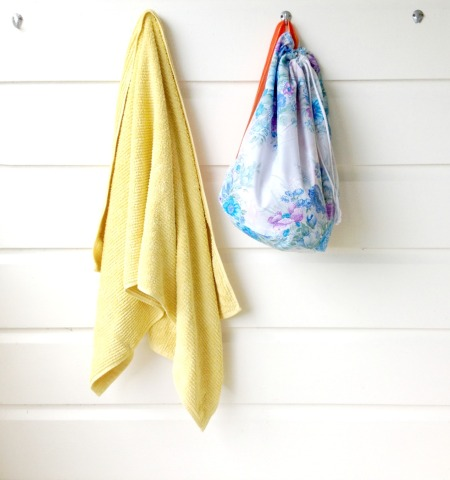blue-bag-with-towel