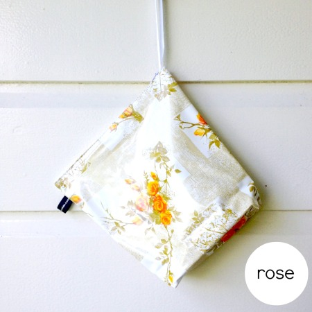 rose-wash-bag